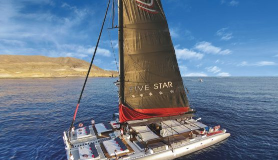 five-star-boat-sailing-in-gran-canaria