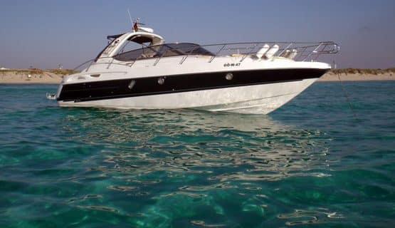yacht-in-gran-canaria