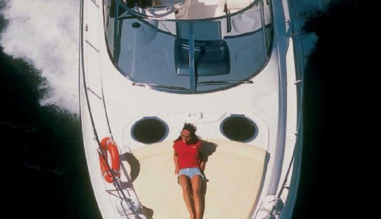 private-yacht-rental-gran-canaria-over-head-view