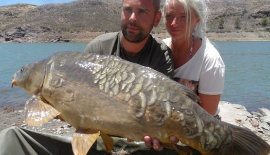 couple-carp-fishing-gran-canaria